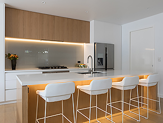 THUMB2 kitchen neo design custom renovation oak veneer white lacquer Auckland 10