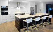 Roughsawn timber adds richness to North Shore kitchen
